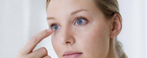 come si mettono le lenti a contatto nel modo più rapido e corretto possibile?